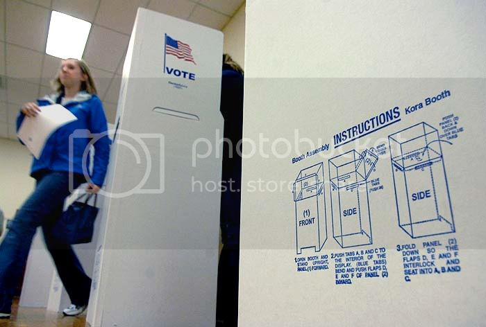 The city of Fredericksburg had cardboard voting booths erected to handle the large voter count at its site a the Dorothy Hart Community Center. (November 4, 2008) (Robert A. Martin/The Free Lance-Star)
